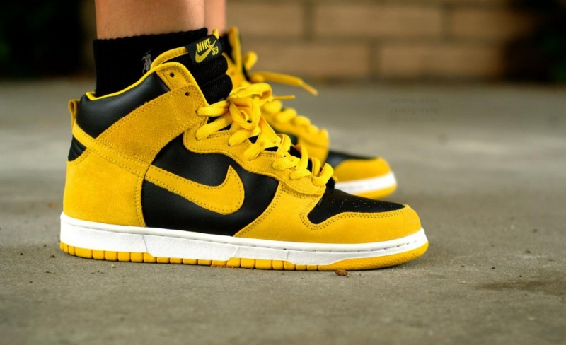 Nike Dunk High SB Iowa